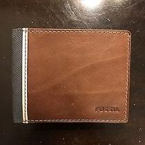 Fossil Men's Leather Wallet Photo