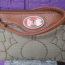 Fossil Nwt Key Per Ew Wristlet Ash Gray Bag Purse Quilted Leather Trim Photo