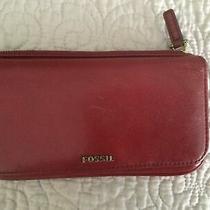 Fossil Red Zip Around Women's Leather Wallet Clutch Photo
