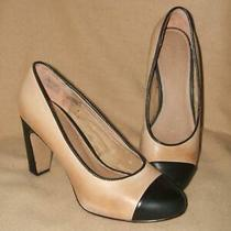 Fossil Size 7 Tan and Black Pumps Photo