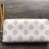 Fossil Sydney Off White W/ Pink Diamonds Coated Canvas Zip Around Wallet Photo
