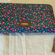 Fossil Tara Clutch Hearts   Zip Around  Women's Wallet   Brand New With Tag Photo