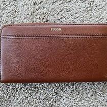 Fossil Tiegan Clutch Wallet Brown Textured Leather Zip Around Accordion Photo