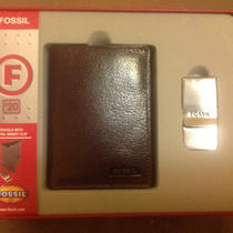 Fossil Trifold With Metal Money Clip Photo