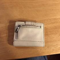 Fossil White Leather Wallet Photo