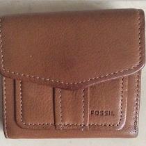 Fossil Women's Bi-Fold  Multi Pockets Saddle Leather Wallet Photo