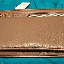 Fossil Women's Karli Clutch Wallet 13 Card Slot Id Wndow Fits Iphone 5 6 Plus Photo
