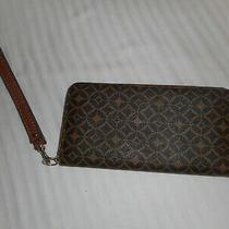 Fossil Wristlet Wallet Zip Around Geometric Brown Tan Textured Clutch Strap Photo