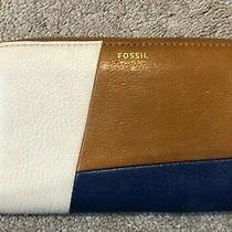 Fossil Zip Around Wallet Tan/blue/white Leather Medium Organizer Photo