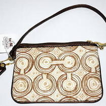 Freenwt Coach Audrey Op Art Swirl Wristlet  Photo