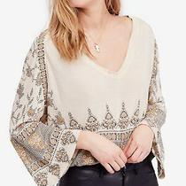 Free People Womens Ivory Printed Bell Sleeve v Neck Tunic Top Size S Photo