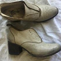 Freebird by Steven Sadie Shoe Size 9 Distressed Ankle Bootie Ice Bone Gray 40 Photo