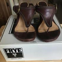 Frye Brooke Thong Sandals Wedge Brown Women Size 7m Very Good Light Wear Photo