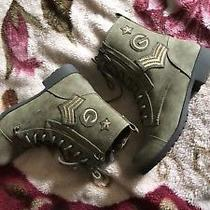 G by Guess Ankle High Women's Combat boots.size 8.5.olive green.embroidered. Photo