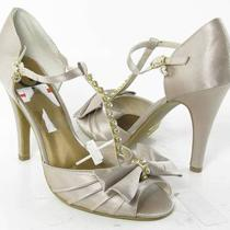 G by Guess Jadenna Heels Gray Womens Size 6 M New 59 Photo