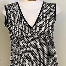 Gap 100% Silk Black/gold/white v-Neck Sleeveless Top - Size S Photo