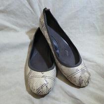 Gap Ballet Flats Sz 8.5 M Cream Beige & Brown Snakeskin Pattern Leatherette Photo