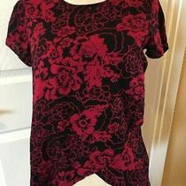Gap Black Red Floral  Top Shirt Blouse Womens Size Xs Short Sleeve Photo