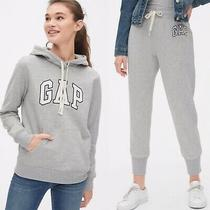 Gap Grey Tracksuit Set Gap Logo Hoodie and Joggers Size M (Rrp 65) Photo
