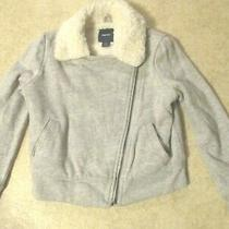 Gap Kids Gray Sweatshirt Jacket Size 6-7  Photo