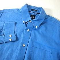 Gap Mens Shirt M Solid Blue Classic Fit Button Collared Long Sleeve Photo