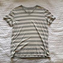 Gap v-Neck T-Shirt Size L Photo