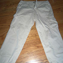Gap Women's  Cropped Cargo Pants Size 8 Photo