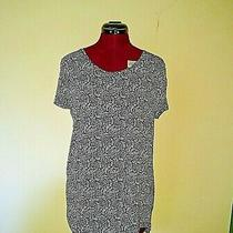 Gap Womens Top Blue White Size Large Luxe Short Sleeve Floral Vine Print  Photo