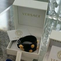 Gianni Versace Medusa Head Leather Wrap Up Bracelet 495 Photo