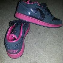 Girl Nike Jorden Air Photo