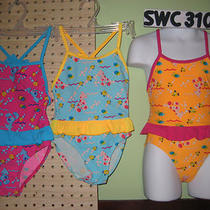 Girls 1 Pc. Petites Size Swimwear / Maillots De Bain Fillettes 1 Pc. Photo