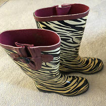 Girl's Austin Trading Co. Zebra Rain Boots Us Youth Size 5 Excellent Cream/black Photo