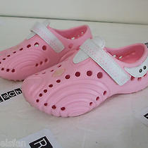 Girl's Pink Doggers Size 9-10 Girls Croc-Like Shoes Are in  Excellent Condition Photo