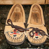 Girls Minnetonka Moccasins Photo