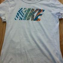 Girls Nike Shirt Photo