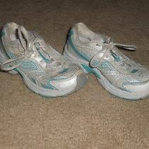 Girls Saucony Cohesion 4 Ltt White/blue Athletic Running Shoes  Size 2m   Used Photo