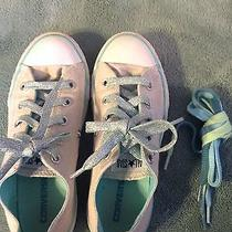 Girls Size 1 Converse Sneakers Photo