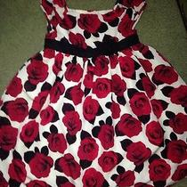 Girls Size 5t Camilla Dress Pretty Red Roses Christmas Party Dress Guc  Photo