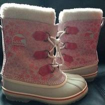 Girls Sorel Waterproof Snow Boots. Size 3 Photo