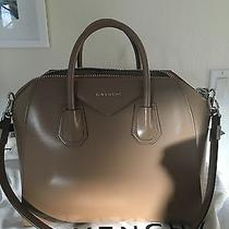 Givenchy Antigona Medium Beige Photo