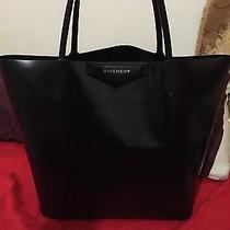Givenchy Antigona Tote Black Photo