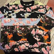 Givenchy Mens Sweatshirt Photo