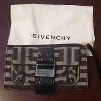 Givenchy Wallet Photo