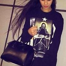 Givenchy Women's Sweatshirt 1060 Photo