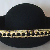 Gorgeous Oscar De La Renta Millinery Black 100% Wool Metallic Gold Trim Hat Photo