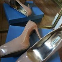 Great Condition Vera Wang Nude Platform Heels Size 9 Photo