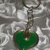 Green Heart Goldtone Keychain Photo