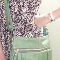 Green Leather Crossbody Fossil Madox  Photo