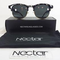Griffin Nectar Sunglasses in Black Photo
