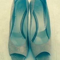 Gucci 38 Beige Shoe Photo